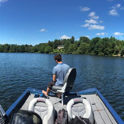 bass-boat